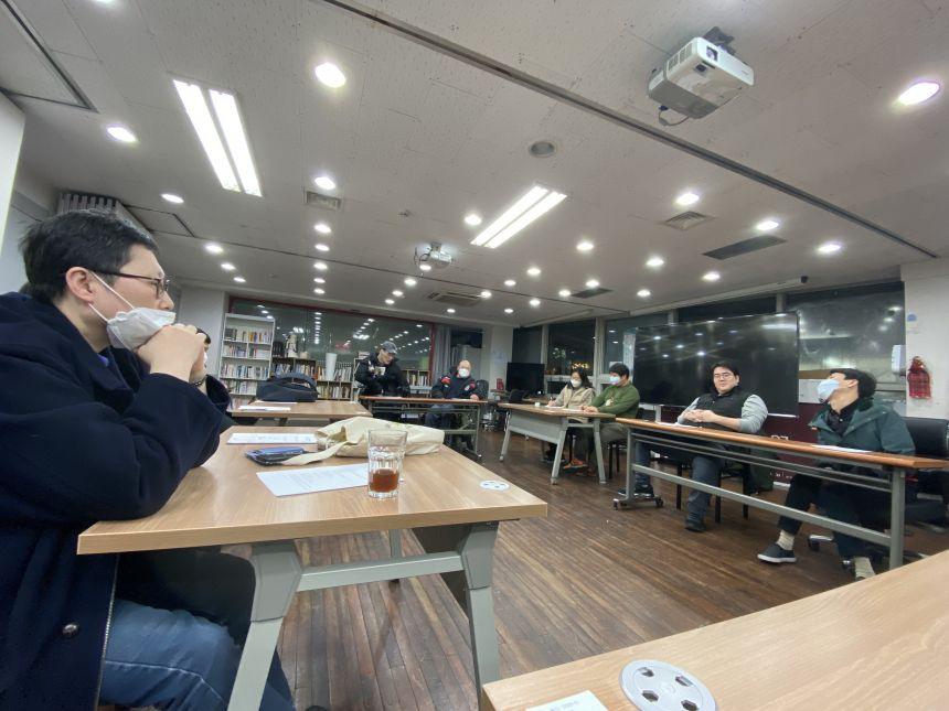 코로나19 휴교 회의3.jpg